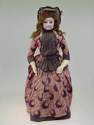 スライド画像-https://www.doll-museum.jp/wp-content/uploads/2016/04/gallery-img-04.png